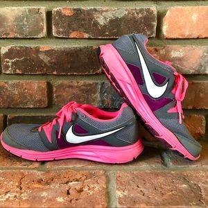 NIKE Lunarfly 3 Athletic Tennis Running Sneakers